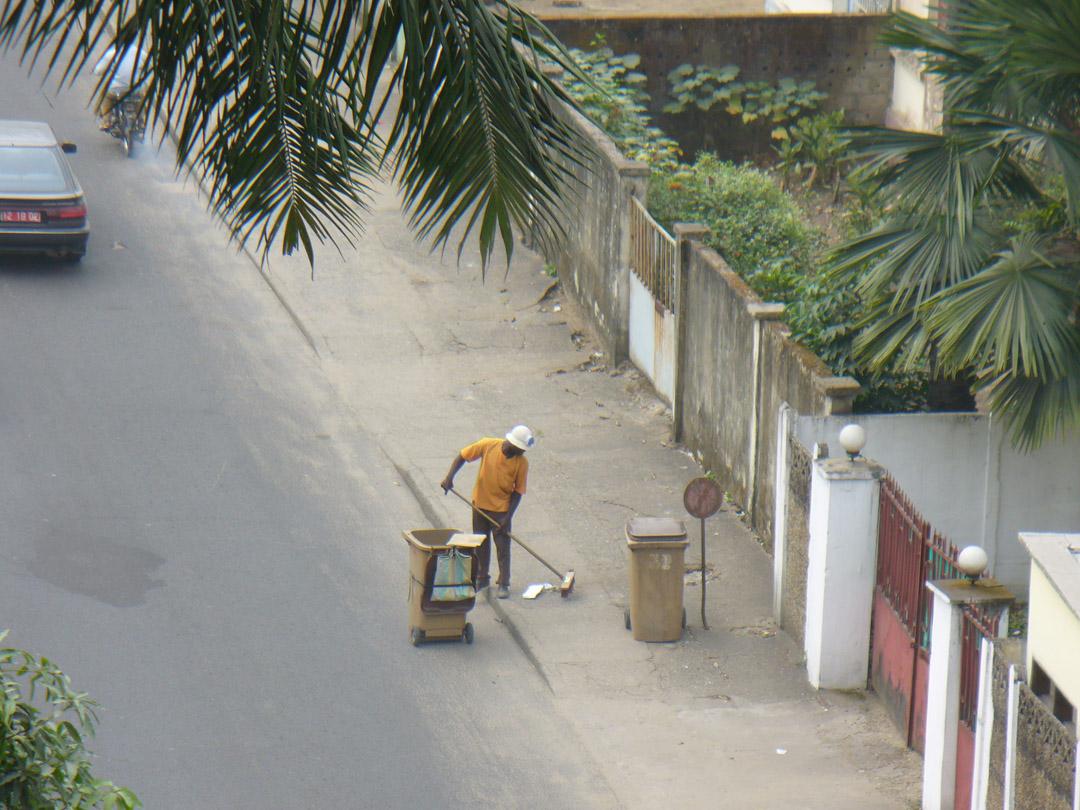 Douala keeping it clean