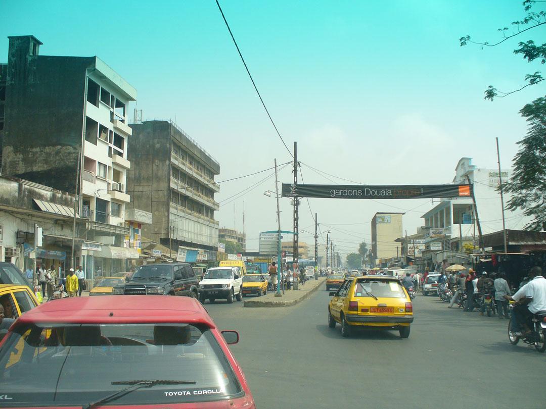 Doala, Cameroon, busy street