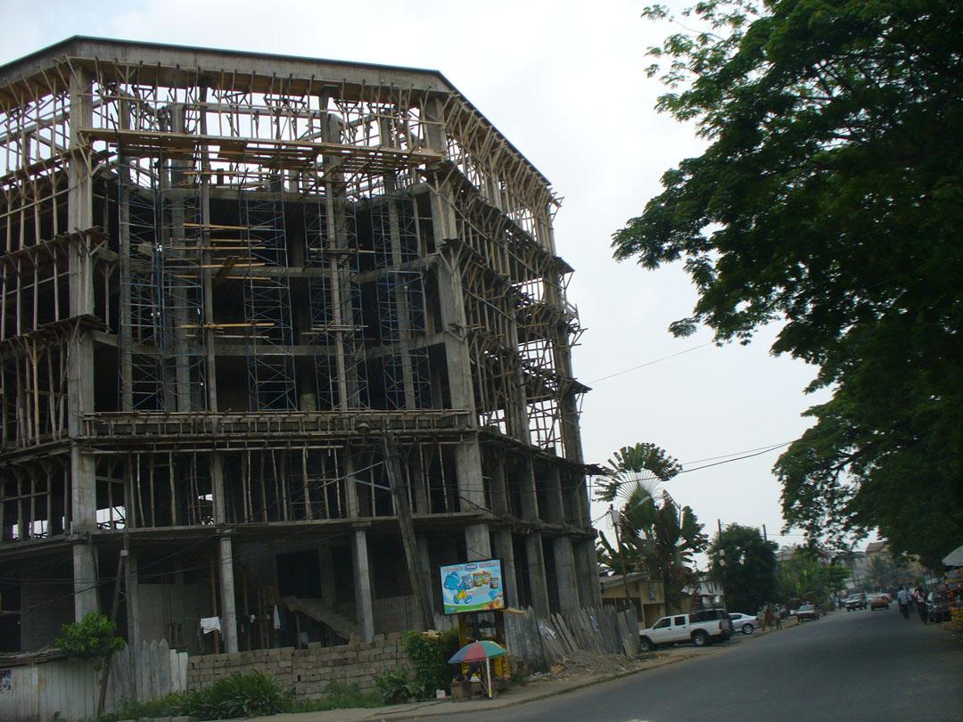 319-bldg-construction