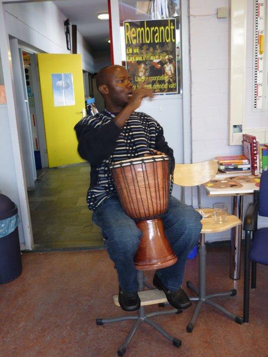 Angu Walters plays drum in Netherlands
