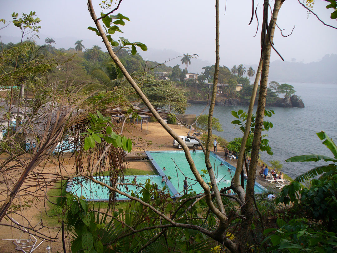 Cameroon vacation cabins
