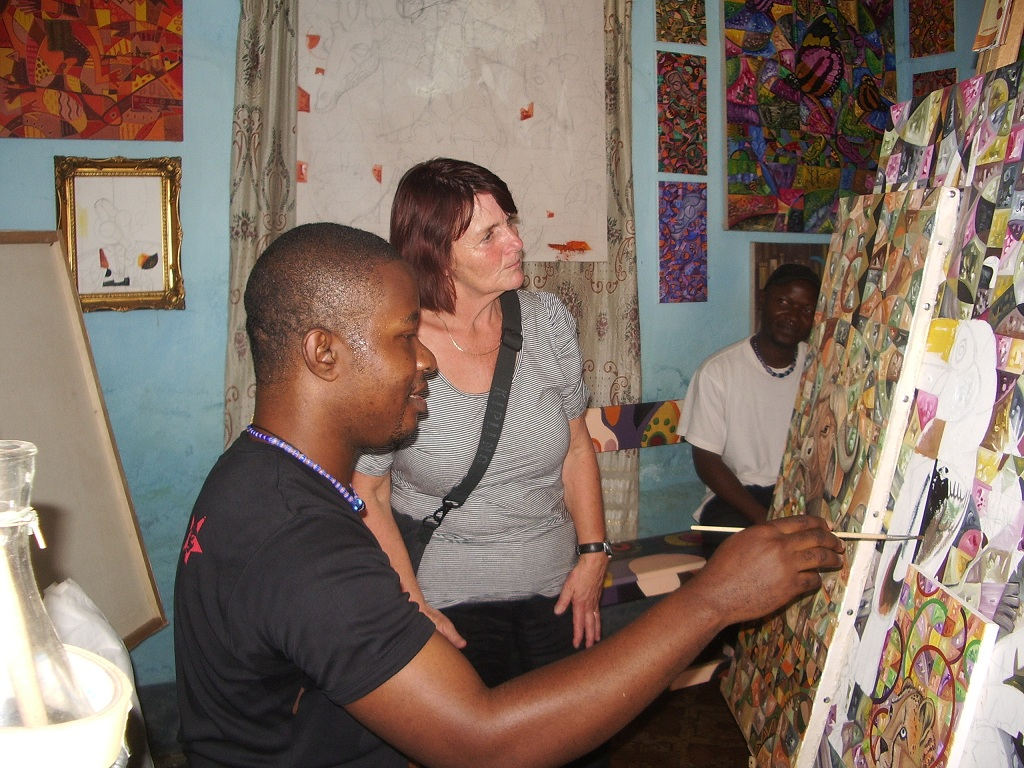Observing Angu Walters painting